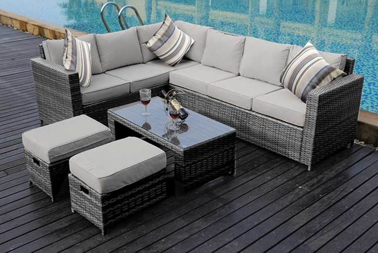 8-Seater Rattan Sofa Set – Ran Cover Option and 3 Colours! (£439)