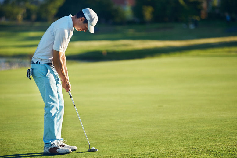 Image of £10 for an online accredited golf psychology course from International Open Academy