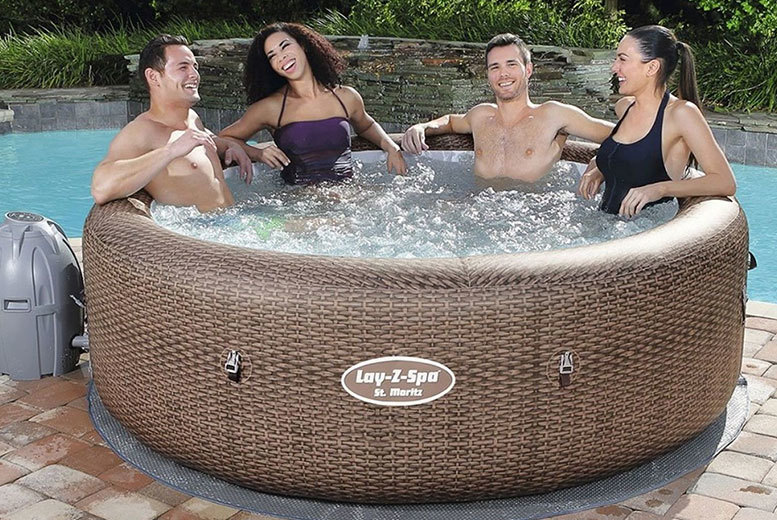 St Moritz Lay-Z Rattan Effect Jacuzzi – 5-7 People! (£499)