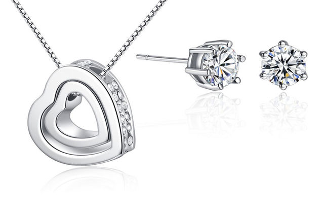 4c70e391b Earring and Necklace Gift Set made with Crystals from Swarovski®