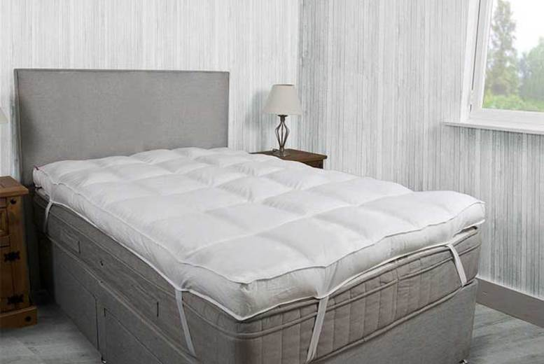 Image of From £24.99 instead of £69.99 for an extra thick mattress topper with 4 inch (10cm) filling from Groundlevel - choose from single, small double, double, king or super king and save up to 64%