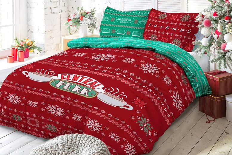 Friends Christmas Sweater Duvet Set (£17.99)