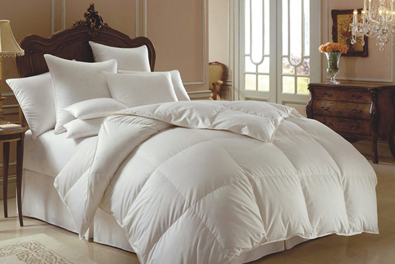 13.5 Tog Duck & Down Duvet – 4 Options! (£22.99)