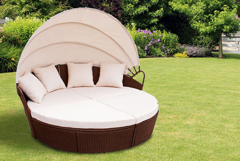Brown Rattan Bali-Style Day Bed (£229)