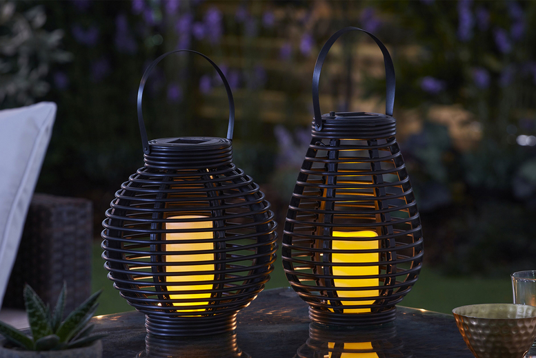 Rattan-Effect Solar Candle Lantern – 2 Size Options (£9.99)