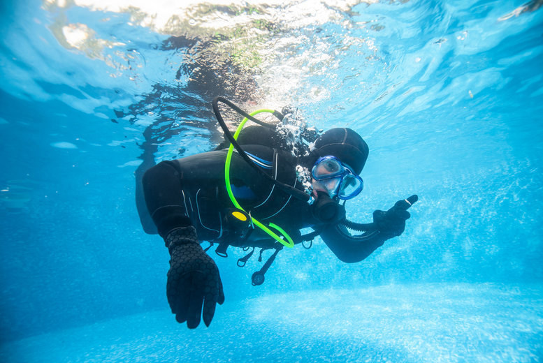 Image of £12.50 instead of £25 for a two-hour discover scuba lesson at DiveMania Scuba, Grays - save 50%