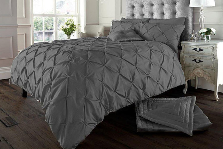 Image of £12.99 instead of £31 (from Imperial Beddings) for a single Eliza pin tuck duvet cover set, £18.99 for double set, £22.99 for a king set or £26.99 for a super king set! - save 58%