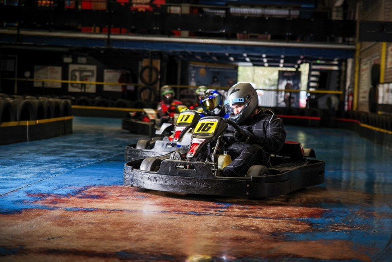 Image of £15 instead of £35 for a 25-lap go-karting experience for one person, £29 for two, or £25 for a 50-lap for one person, £49 for two, or £95 for four at Full Throttle Raceway, Stourbridge - save up to 57%