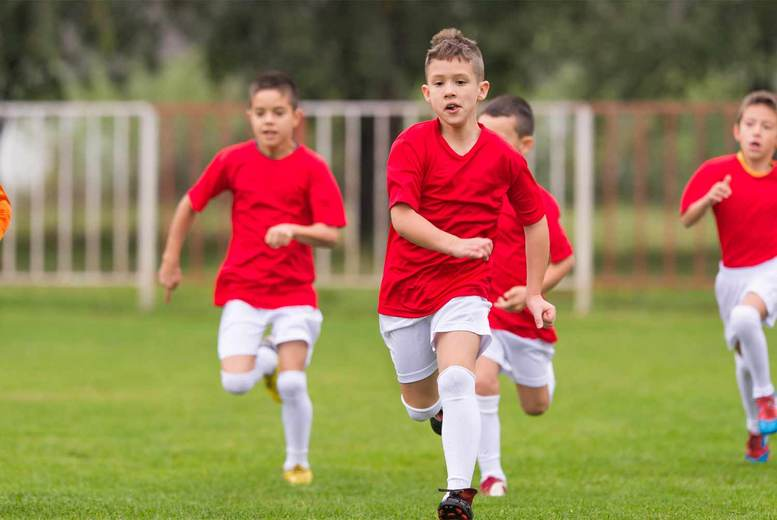 Image of £9 for four professional football training sessions with Football Icon Academy – choose from 12 locations