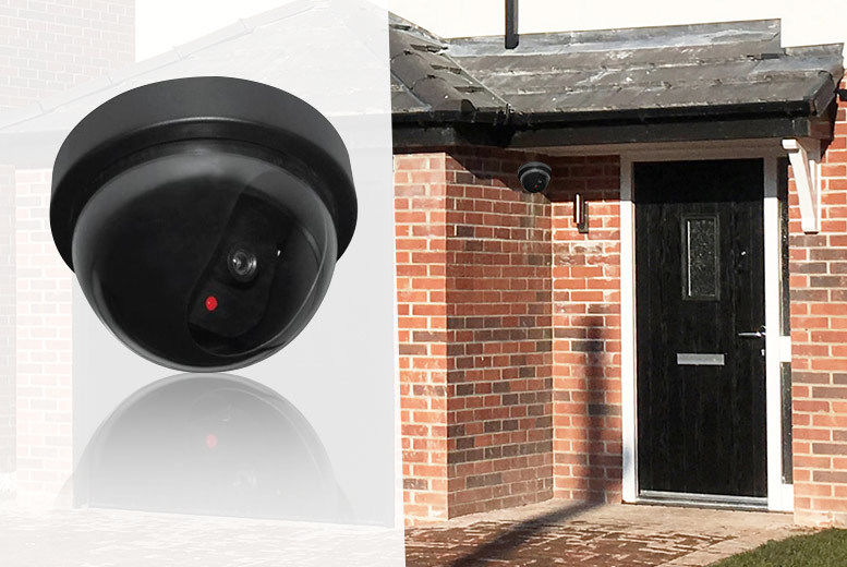Image of £4 instead of £19.99 for a Dummy CCTV Camera from London Exchain Store - save 80%