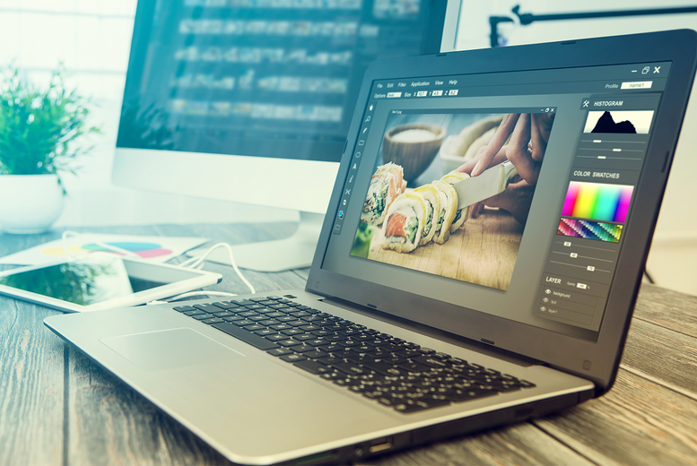 Image of £19 instead of £479 for an online Adobe Photoshop course bundle including seven courses from e-Courses4You - save 96%