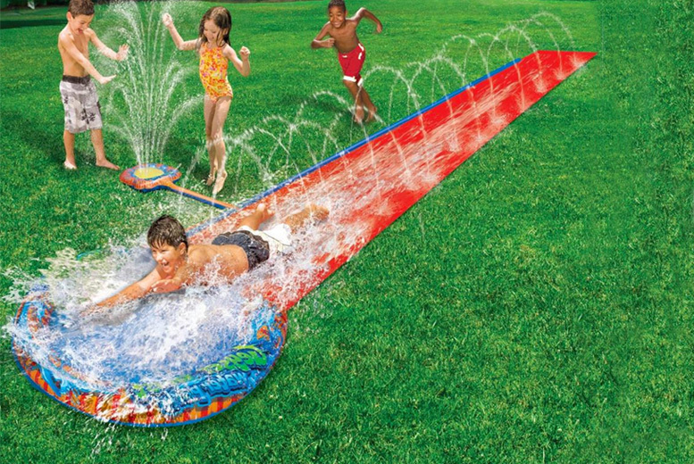 Image of £11.99 instead of £29.99 for a 16ft water slide with geyser from Eurotrade - save 60%