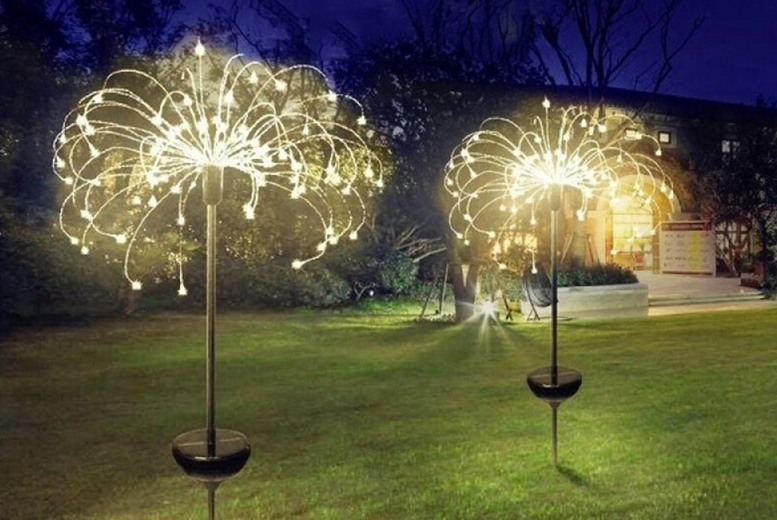 Image of £12.99 instead of £29.99 (from CN Direct Biz) for a of 90-LED outdoor solar firework light, £16.99 for a 120-LED light, or £21.99 for a 150-LED light - save up to 57%