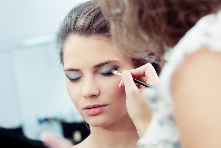 Image of £9 instead of £40 for an online Makeup course from BEKE College - save 78%