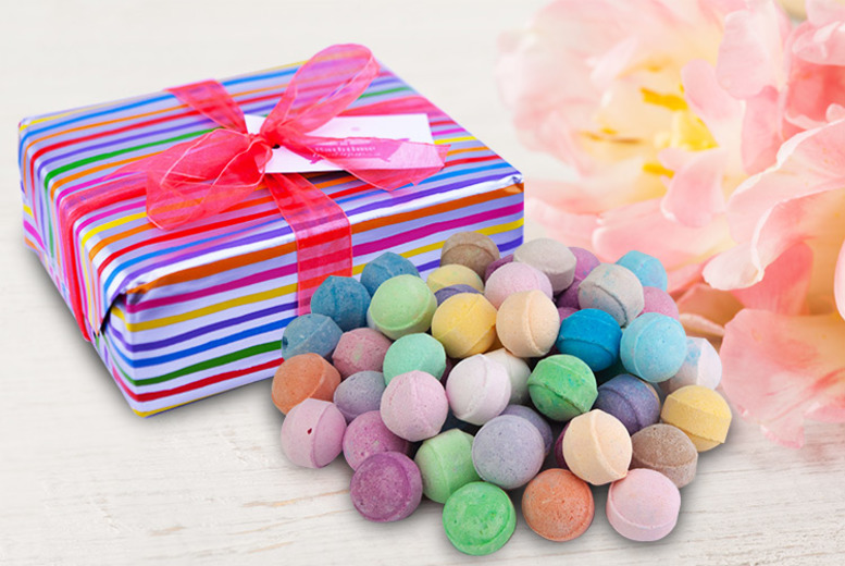 ?9.99 instead of ?21.99 (from Bathtime Boutique) for an assorted bathbomb gift box ? receive 50 bath bombs and save 55%