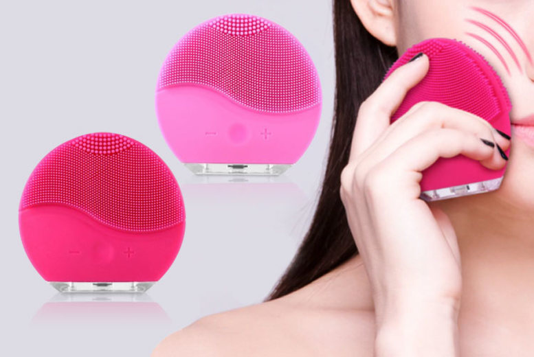 Image of £10.99 for an electronic facial cleanser