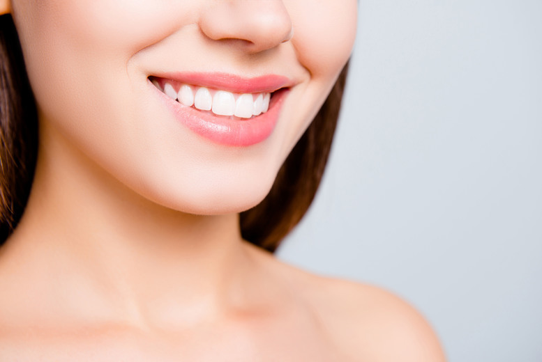 Image of £139 instead of £450 for ceramic clear or metal braces on one arch, or £199 for two arches at Waldron Dental Clinic, New Cross - save up to 69%