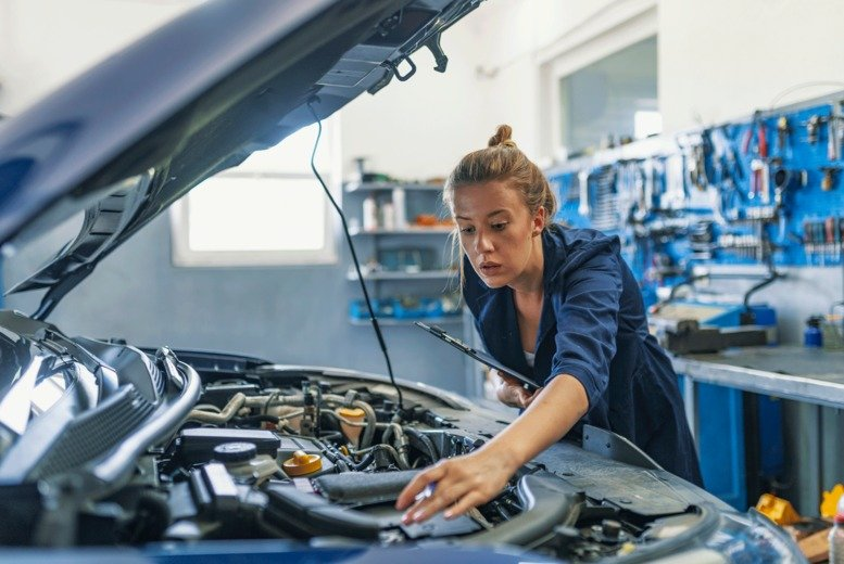 Image of £49 instead of £59 for a 50-point car service with oil and filter change at Aintree Service Centre, Liverpool - save 17%