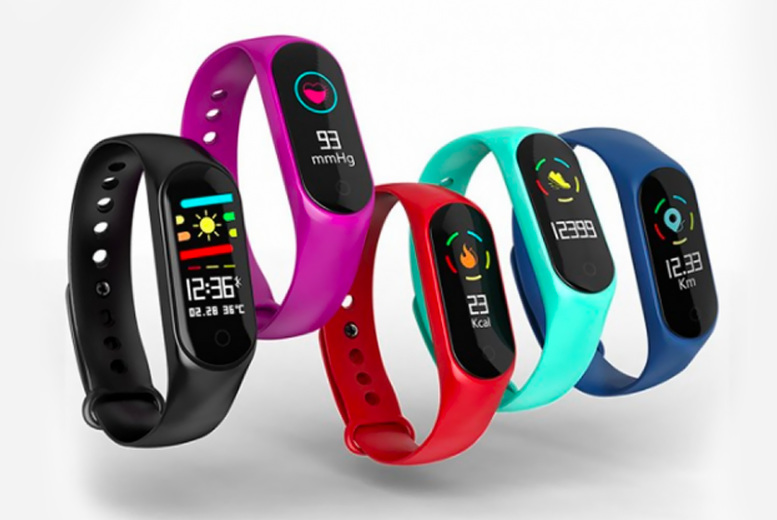 ?9.99 instead of ?59.99 for a fitness tracker watch in blue, black, red, green or purple from Pinkpree - save 78%