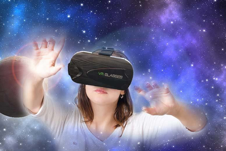 Image of £9.99 instead of £69.99 for a virtual reality cube headset – use with your smartphone from CN Hut - save 86%