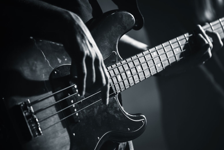 Image of £7 instead of £29 for an online 'Foundations of Rock Guitar Techniques' course from Music Gurus - save 76%