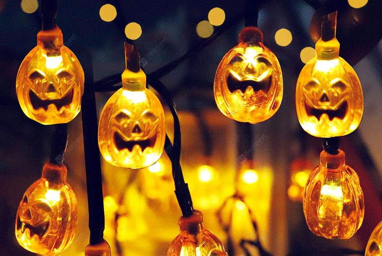 Image of £12.99 for 20 solar-powered Halloween pumpkin lights from Buy Something!