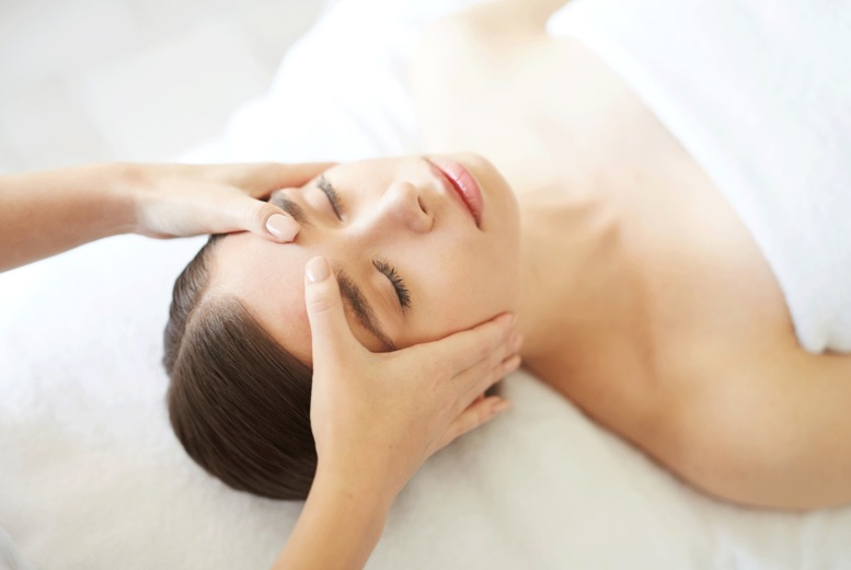 Image of £10 instead of £16 for a deluxe facial at Blush Hair & Beauty, Wolverhampton - save 38%