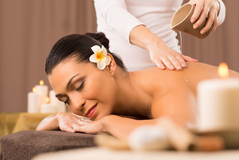Image of £29 a one-hour full body massage with aromatherapy oils from Depilex Health and Beauty Clinic within Holiday Inn, Welback Street near Bond St Station
