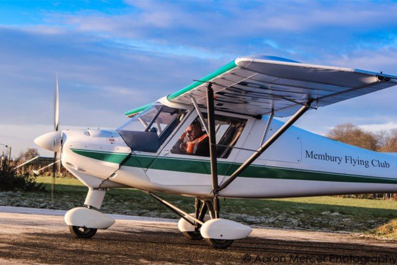Image of £59 instead of £132 for a one-hour flying experience at White Horse Aviation including club membership, briefing and 30 minutes of air time, £116 for two hours - choose from two locations and save up to 55%