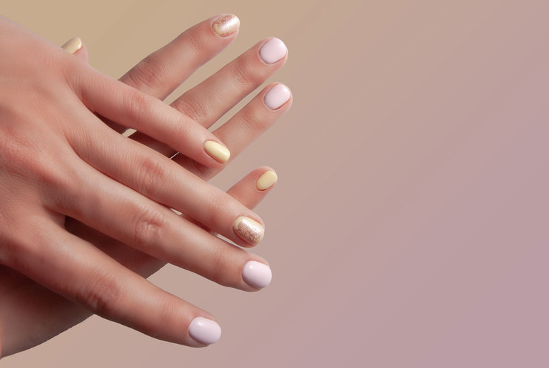 ?9 for a Shellac manicure at Imani?s Beauty Bar, Hither Green, or ?12 to include a pedicure - save up to 70%