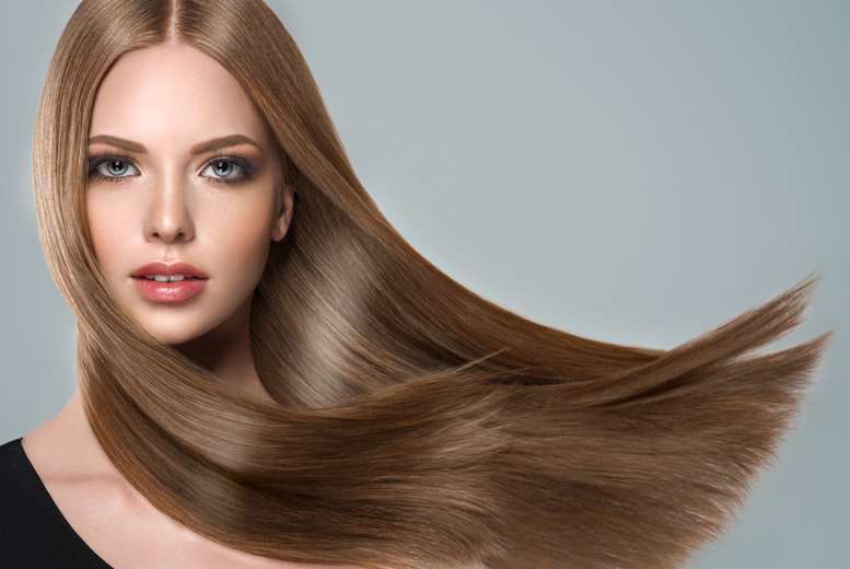 Image of £39 instead of £60 for a blow dry at House of Evelyn, Manchester including a premium Olaplex treatment and glass of Prosecco – save 35%