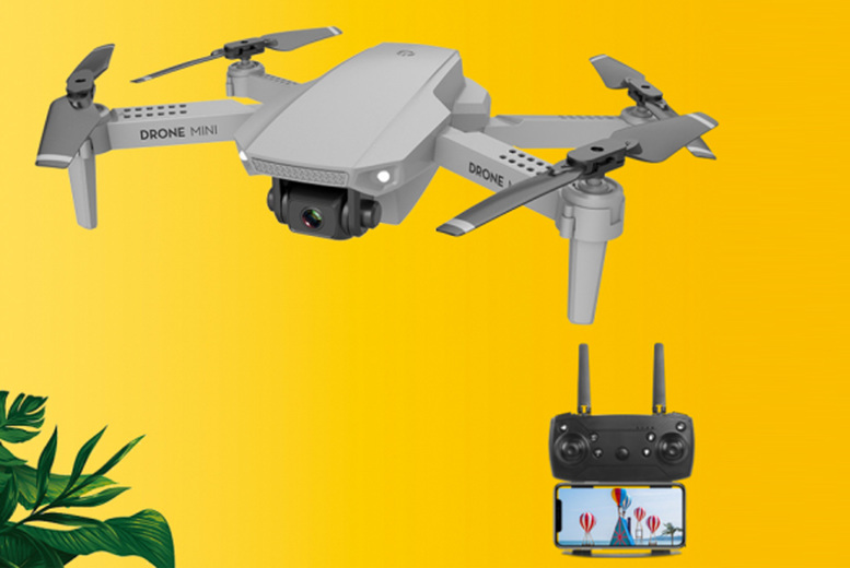 Image of £29.99 instead of £79.99 for a folding aerial HD 4K quadcopter camera from CN Direct Biz - save 63%