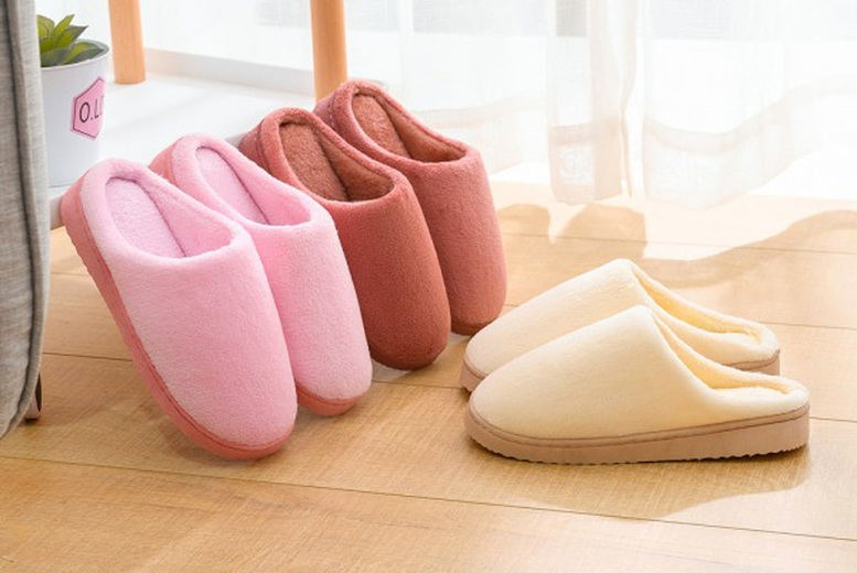 ?8.99 instead of ?19.99 for a pair of non-slip plush cotton slippers in beige, grey, pink, red or blue and in UK sizes 7, 8 or 9 from Pinkpree - save 55%