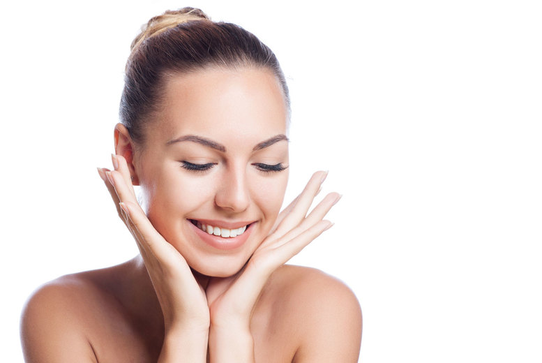 Image of £29 instead of £180 for an acne peel facial treatment from Accurate Laser, Holborn - save 84%