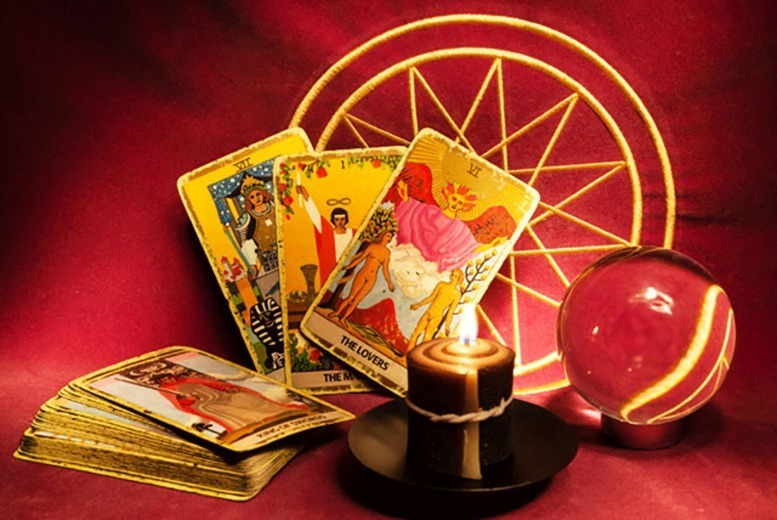 Image of £6 instead of £15 for a 20-minute psychic phone reading from Heart 2 Heart - save 60%