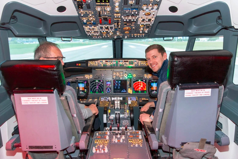 Image of From £69 instead of £129 for a flight simulator experience in a Boeing 737 or an Airbus A320 for one person at Ascent Aviation, Paisley, from £99 for two people - save up to 47%