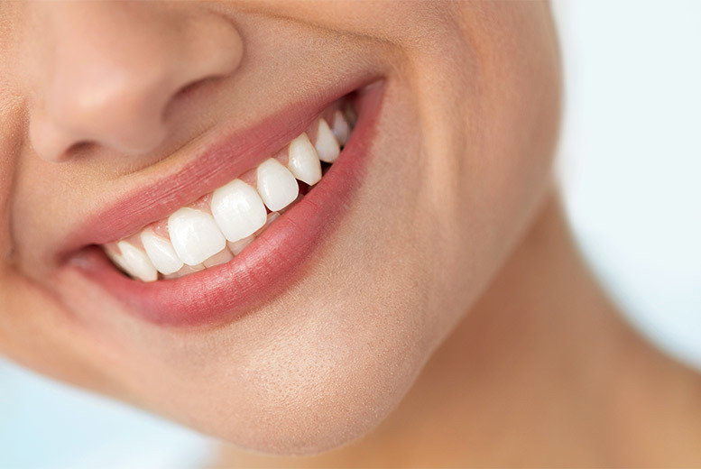Image of £99 instead of £599 for a ZOOM! teeth whitening treatment including a consultation at Boutique Spa, Fitzrovia, or £149 to include a bespoke take-home whitening kit - save up to 83%