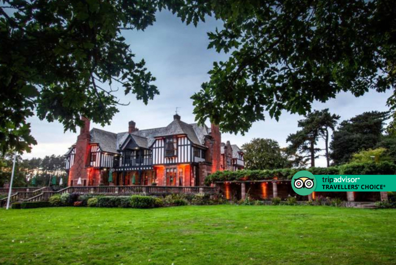 Image of A Cheshire stay at Inglewood Manor for two people with breakfast and a 10% discount voucher to use at Cheshire Oaks Designer Outlet. £59 for one night, or £89 to include a two-course dinner - save up to 55%