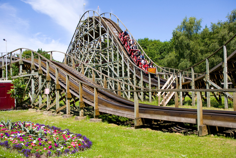 Image of A stay & play at Gulliver's World, Warrington with overnight accommodation and theme park entry. From £139 for one-day entry for up to 4 people, from £159 for one-day entry for 6 people, or from £179 for two-day entry - save up to 51%
