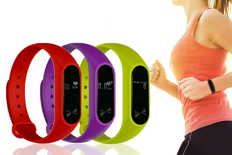 Image of £11 for an Aquaris fitness tracker from Avant Garde