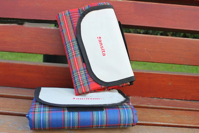 Image of From £7.99 for a waterproof tartan outdoor blanket in Red, Green or Blue from Domo Secret!