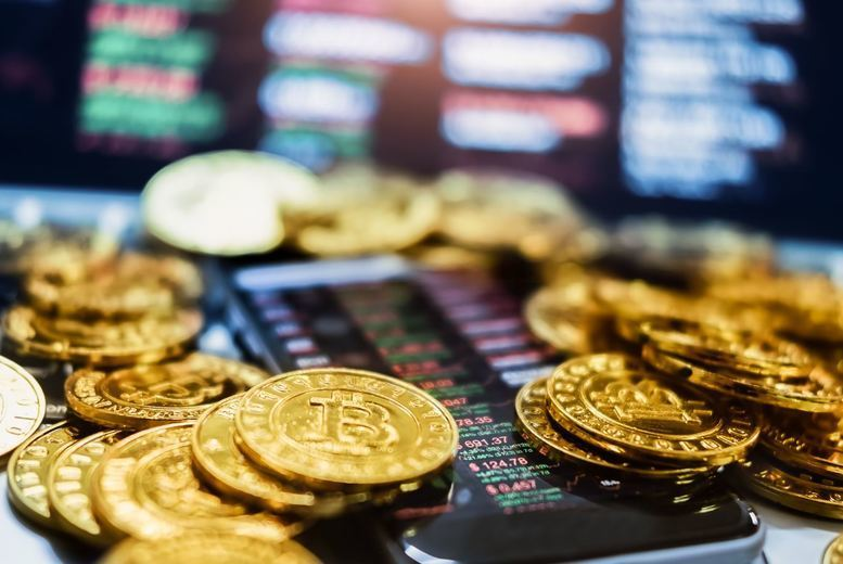Image of £21 instead of £199 for a Bitcoin & Cryptocurrency Diploma Course from Harley Oxford - save 89%