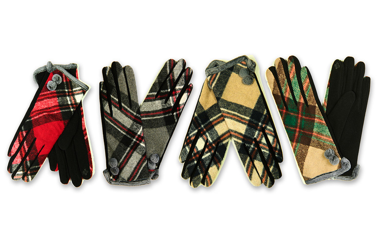 Image of £5.99 for a pair of cosy winter tartan touch screen gloves in your choice of eight colours from Evaniy!