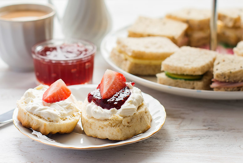 Image of £12 instead of £19.98 for an afternoon tea for two, £23 for four at Gorse Hill City Farm, Leicester - save up to 40%