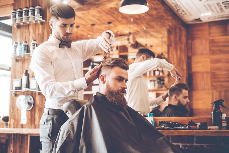 Image of £7 instead of £315 for an online barber training course from Janets Quality Education For All - save 98%