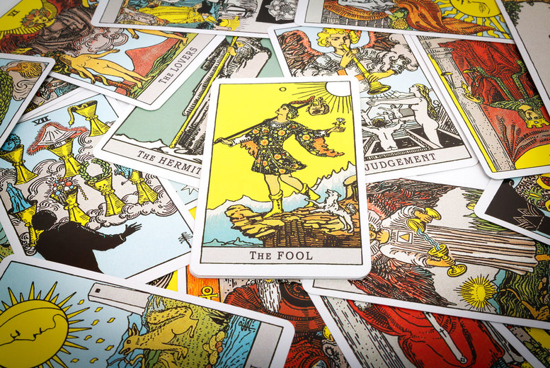Image of £9 instead of £21 for a seven card email tarot reading from Mary Harte - save 57%