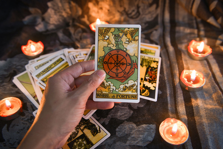 Image of £4 for a six card open tarot reading from Angel Tarot!