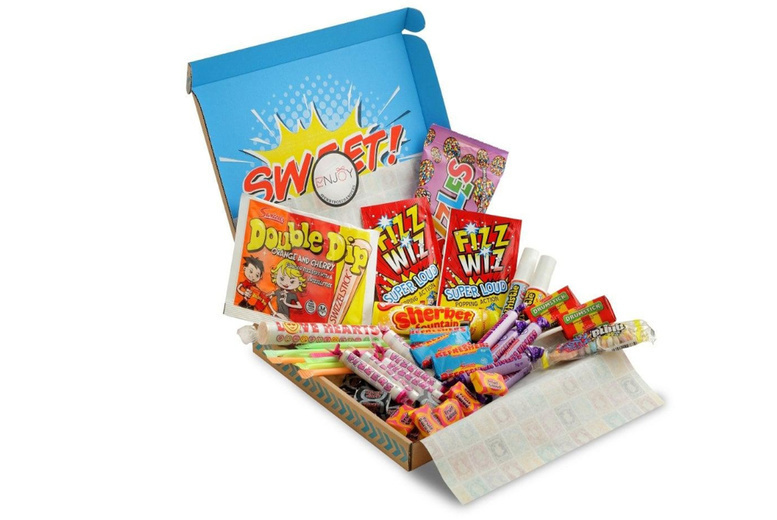 Image of £12 instead of £29.99 for a retro sweets hamper from Flowers Delivery 4 U - save 60%
