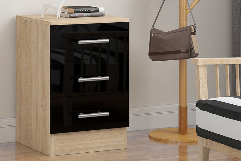 Image of £39 instead of £99.95 for a three-drawer bedside in black, grey or white from iQGB UK - save 61%