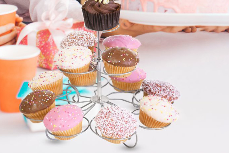 Image of £5.99 instead of £19.99 for a three-tier swirl cupcake stand from Fusion Online - save 70%